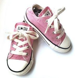 Converse all star low Canvas bubblegum  pink sz 7